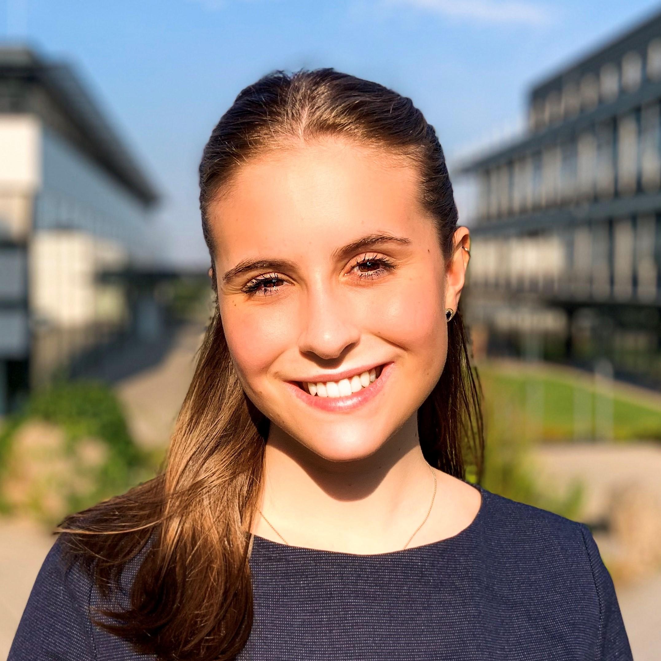 Antonia Baumeister